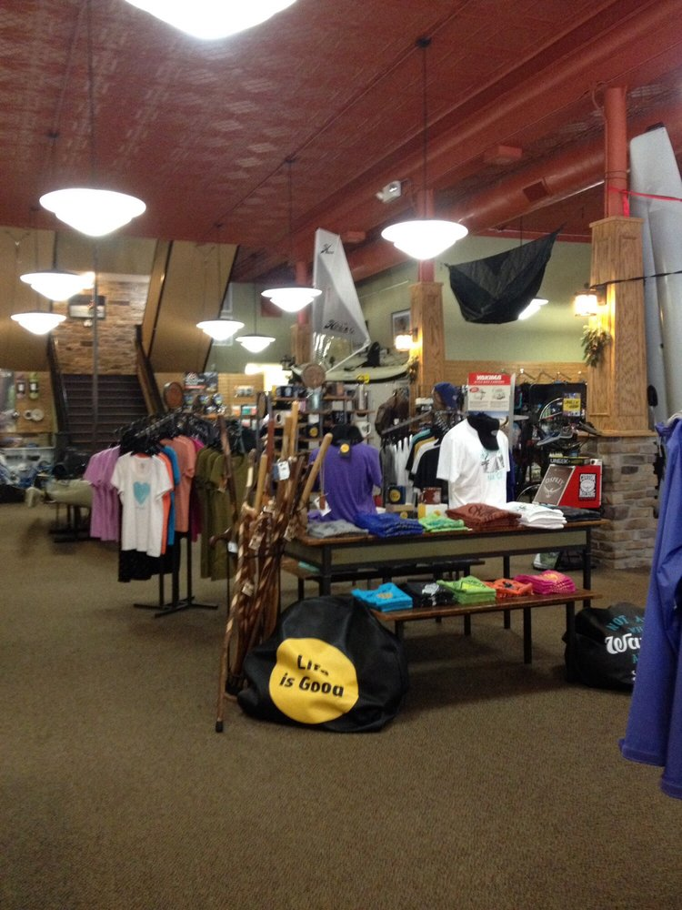 Hooper's Outdoor Center: 219 Broadway St, Paducah, KY