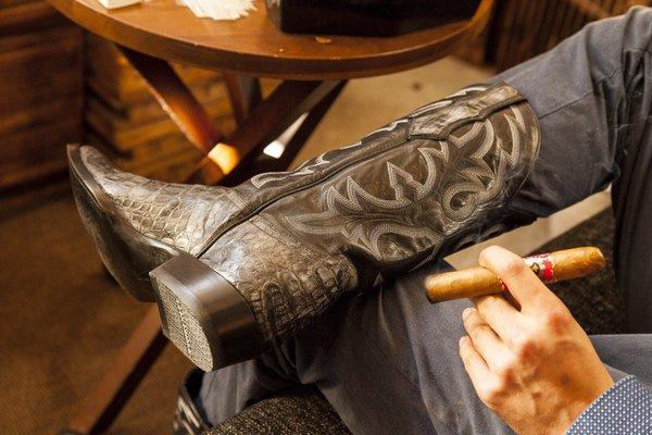 Gran Havana Cigar Factory - 475 Photos & 319 Reviews - Tobacco Shops