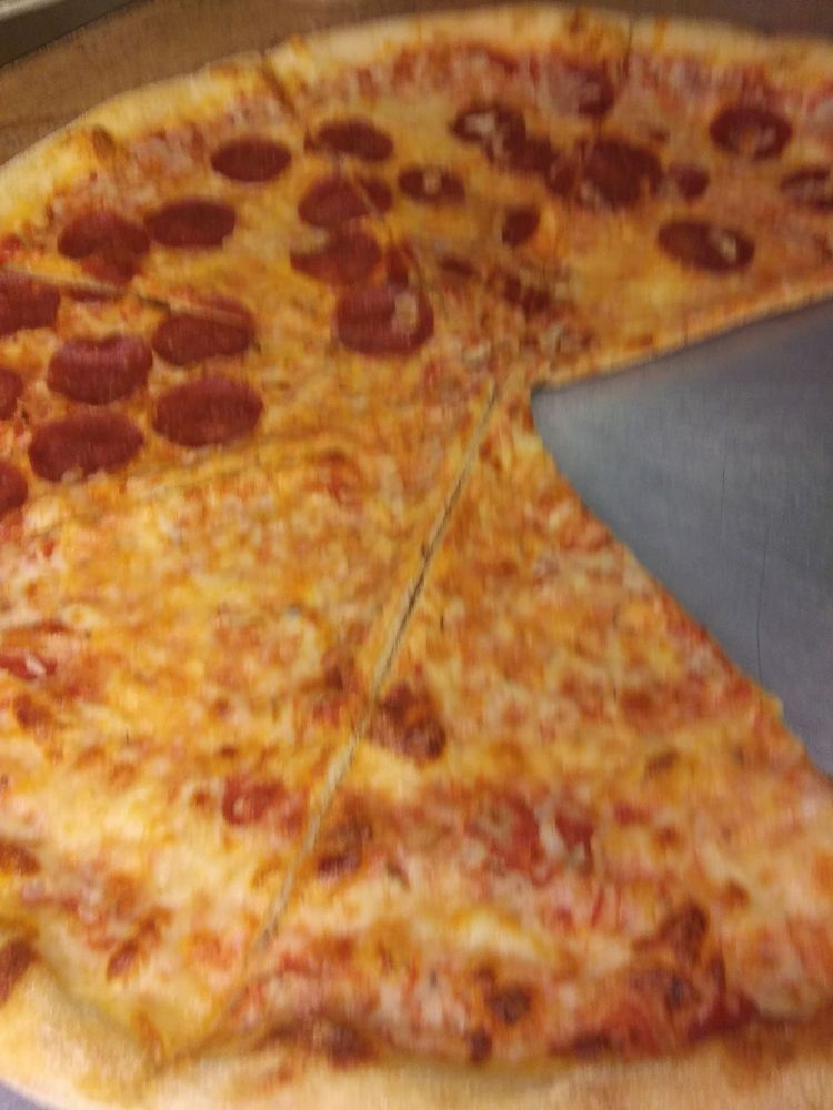 TK Alfredo's Pizza & Parm House: 109 Plaza Dr, Pocono Summit, PA