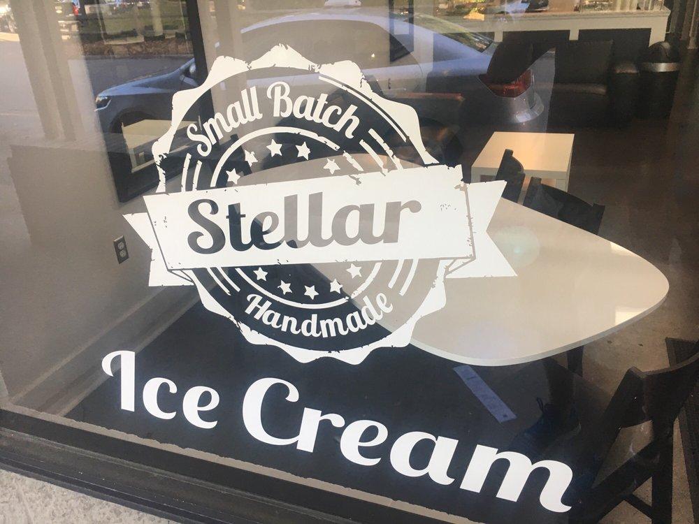 Stellar Ice Cream-Beaufort Homemade Ice Cream Shop: 136 Sea Island Pkwy, Beaufort, SC