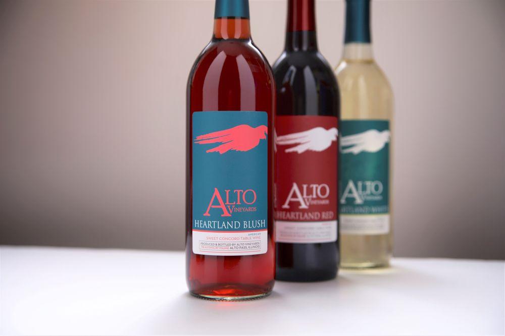 Alto Vineyards: 8515 State Rt 127 N, Alto Pass, IL