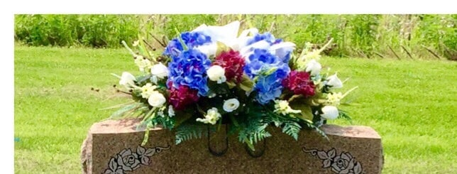 Lasting Impressions Flower Shop: 14201 W Commerce Rd, Daleville, IN