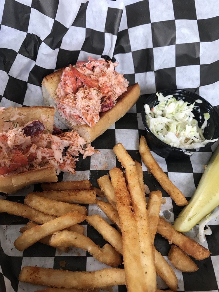 Oceanside Seafood: 2489 Dune Dr, Avalon, NJ