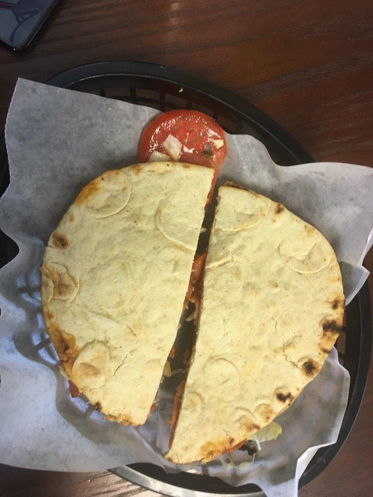 Roni's Chinook Deli & Pizza: Mile 69, Willow, AK