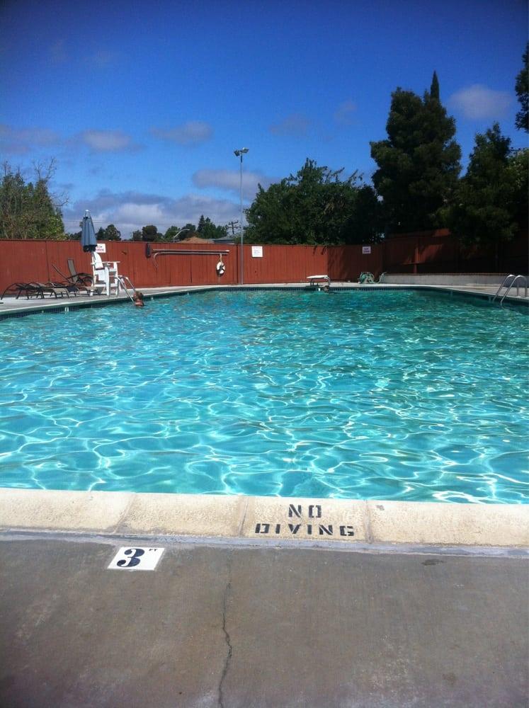 Forest Hills Swim Club Swimming Pools 19199 Gliddon St Castro Valley Ca United States