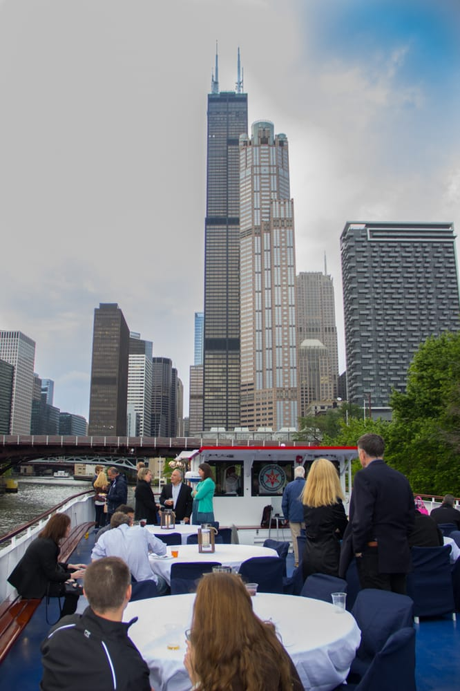 Wendella Sightseeing Boats: 400 N Michigan Ave, Chicago, IL