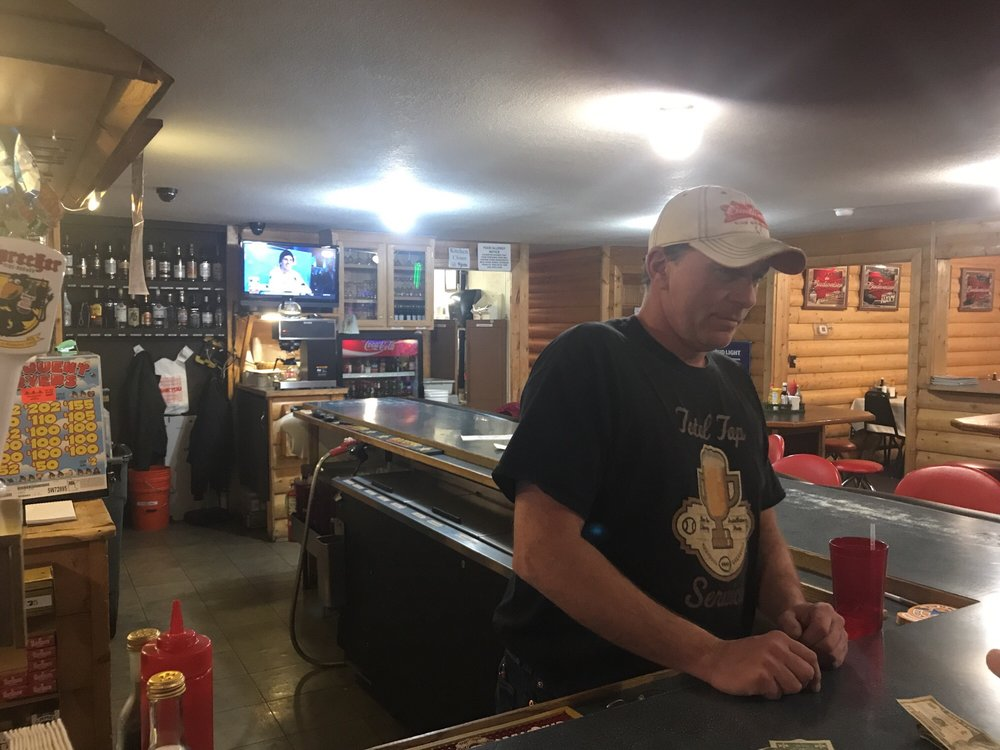 Becida Bar & Grill: 13718 County 9, Becida, MN