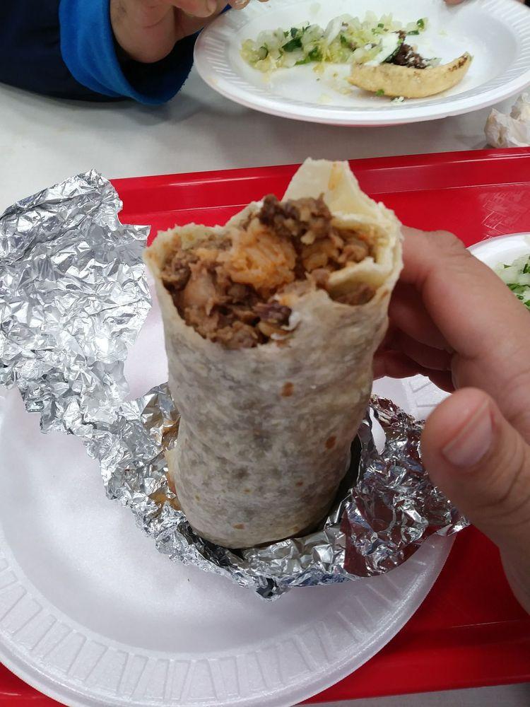 Tacos El Gavilan La Puente: Valley Blvd, La Puente, CA