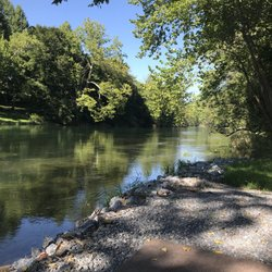 Andersons Riverside Cabin - (New) 299 Photos - Vacation Rentals