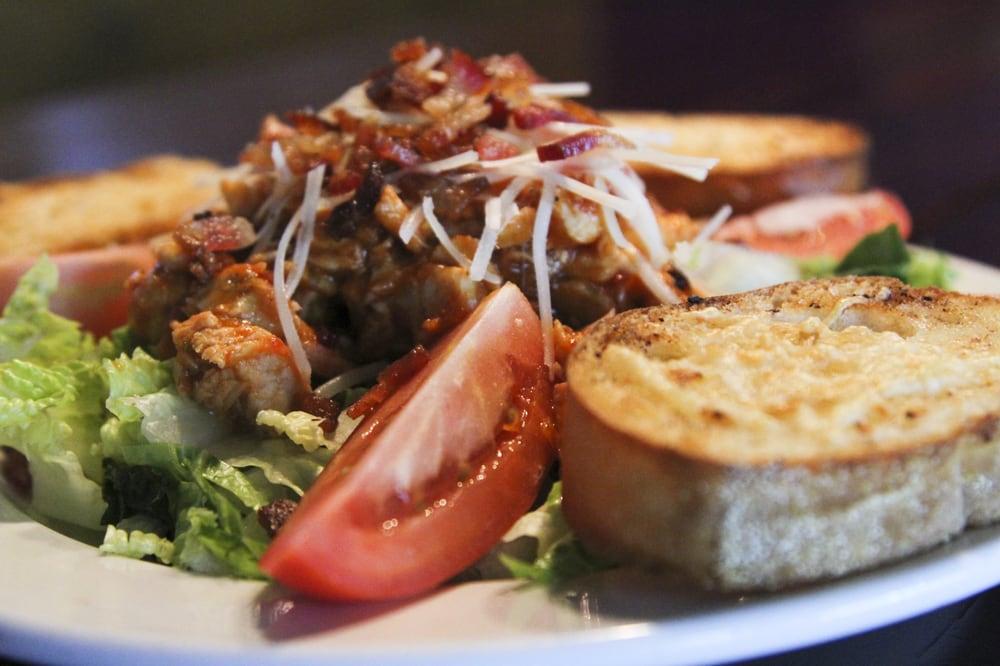 Home Plate GastroPub: 9317 State Ave, Marysville, WA