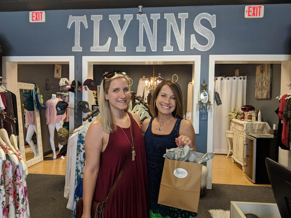 TLynn's Boutique: 1634 Clarkson Rd, Chesterfield, MO