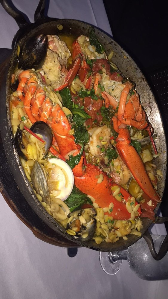 Foton av a fish called avalon yelp for Fish call review