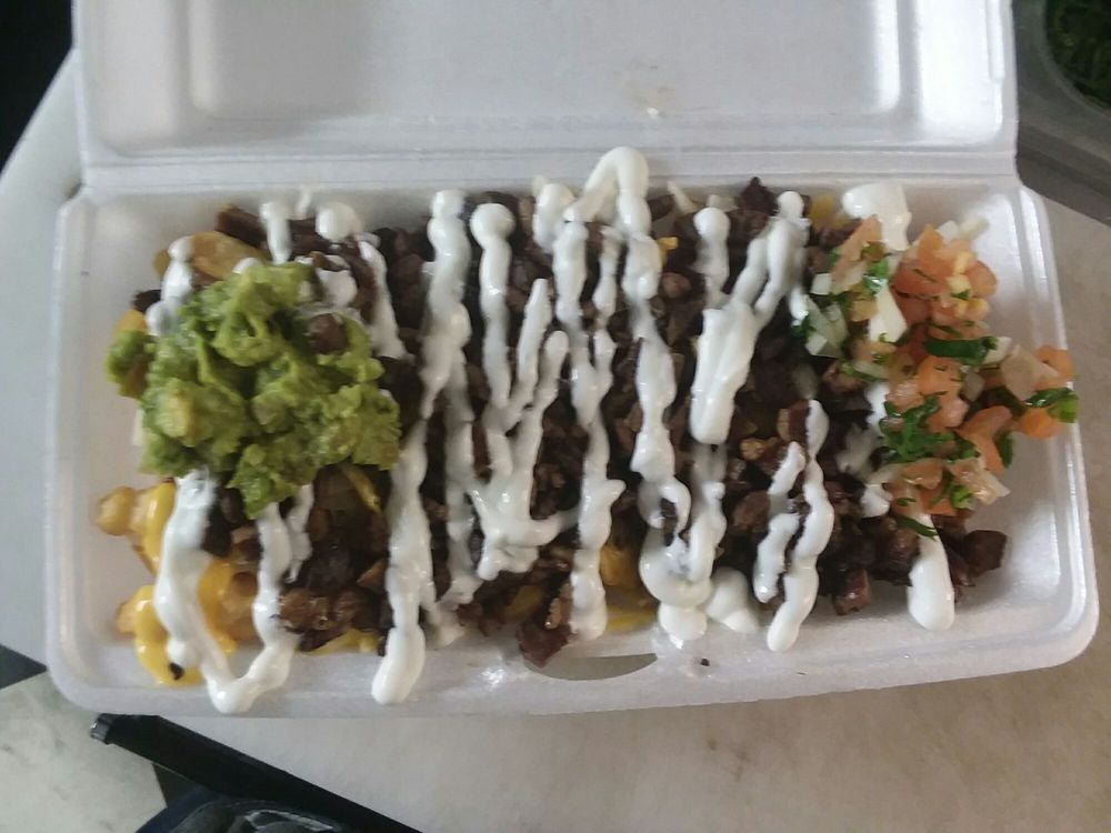 Chicago style taco shop Mobile: 4701 W Lake Mead Blvd, Las Vegas, NV
