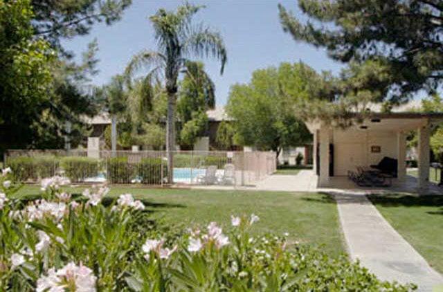 Villa De Paz Apartments