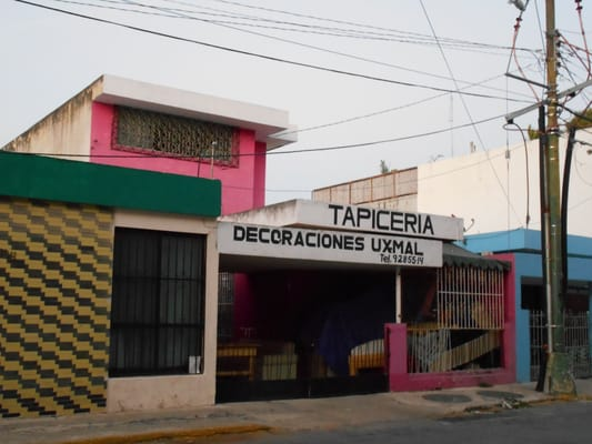 Tapicer a y decoraciones uxmal restauraci n de muebles for Tapiceria y decoracion