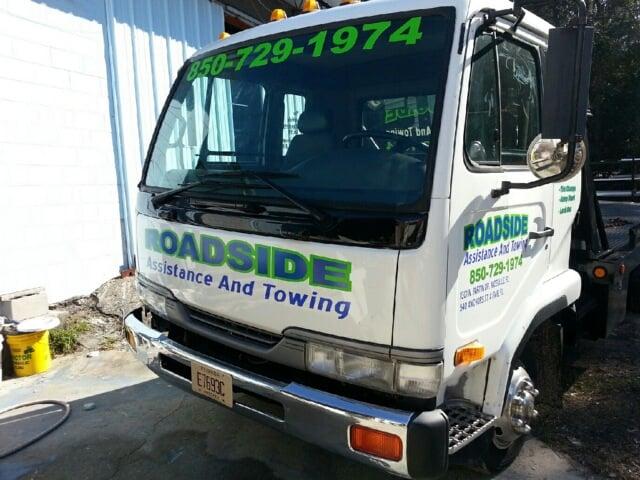 Roadside assistance and towing roadside assistance for Roadside assistance mercedes benz phone number