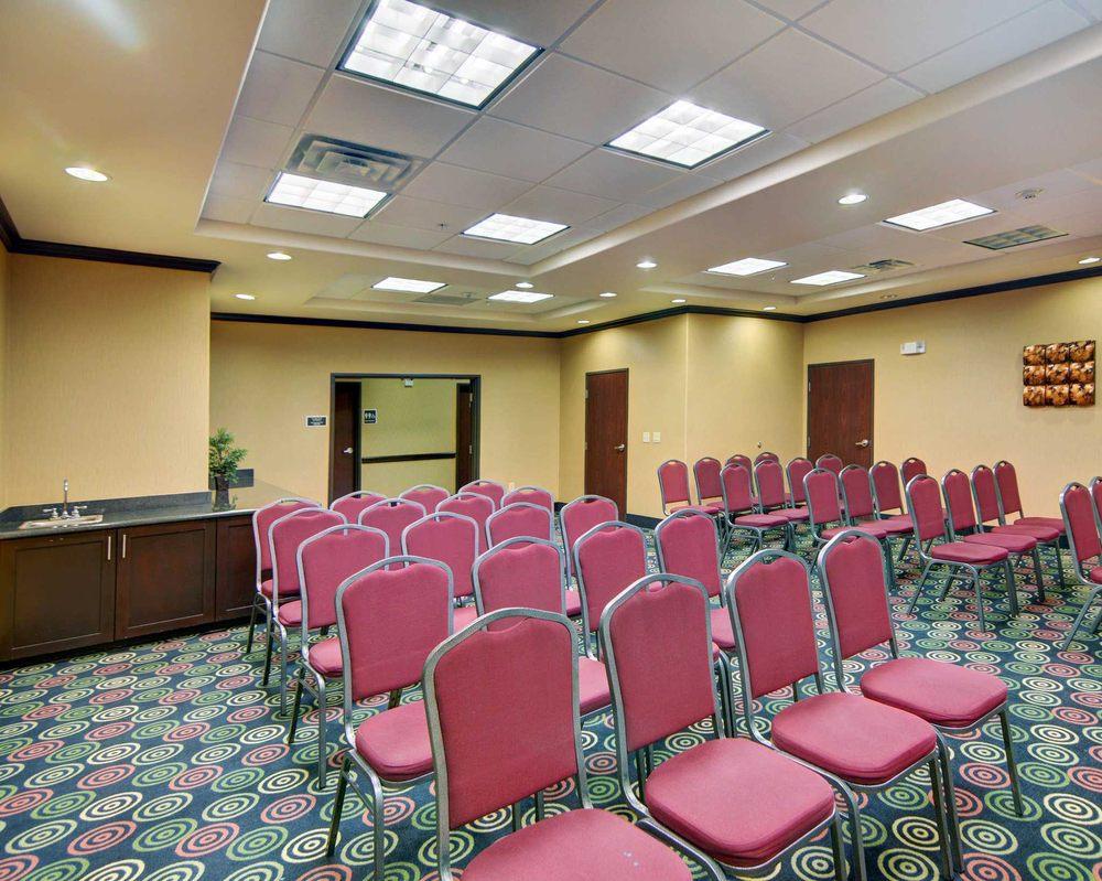 Comfort Suites Kilgore: 1210 Hwy 259 N, Kilgore, TX