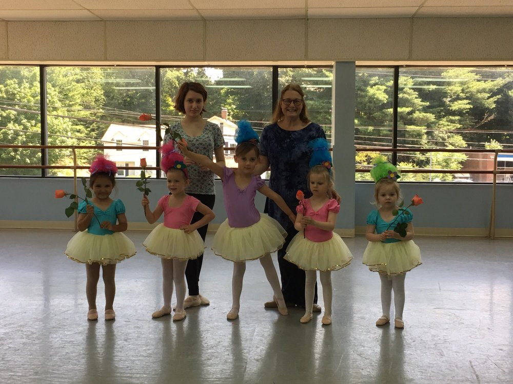 Wilton Dance Studio: 941 Danbury Rd, Wilton, CT