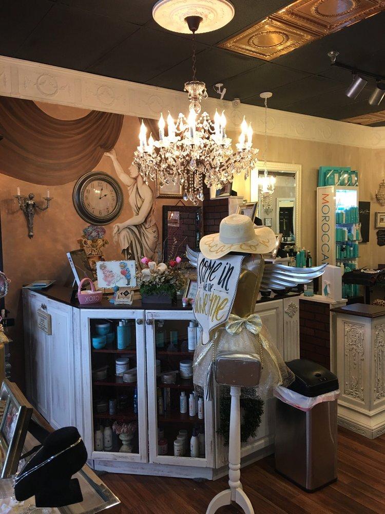 Bellissimo Salon: 4504 Sunrise Hwy, Oakdale, NY
