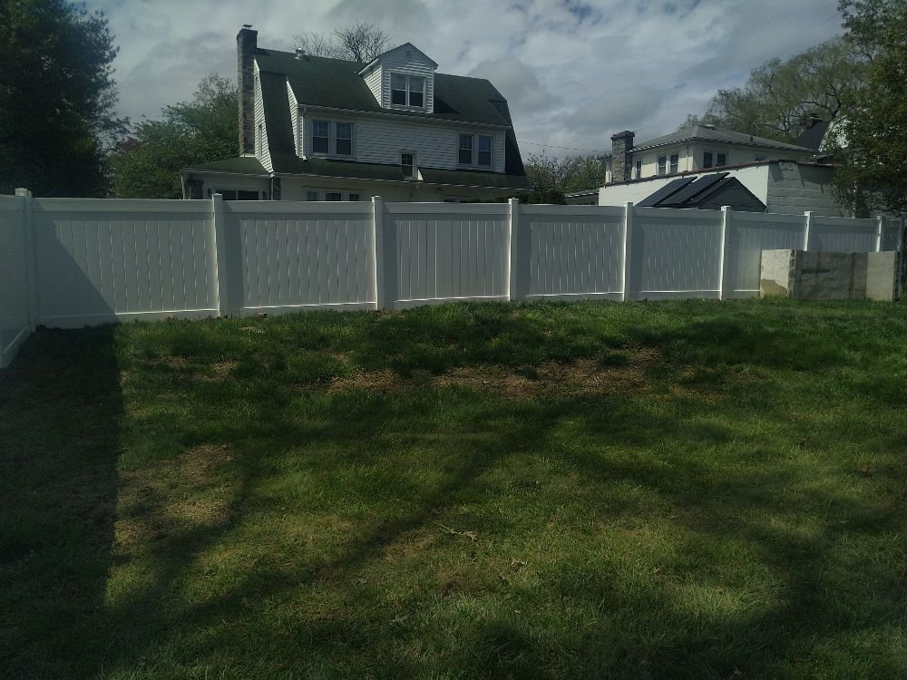 Standard Fence: 212 Cambridge Rd, Clifton Heights, PA