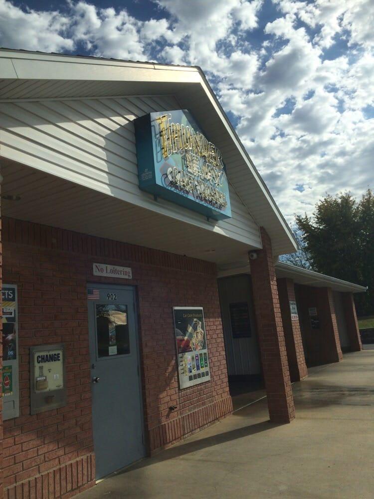 Thunderbay Carwash: 902 S Elliott Ave, Aurora, MO