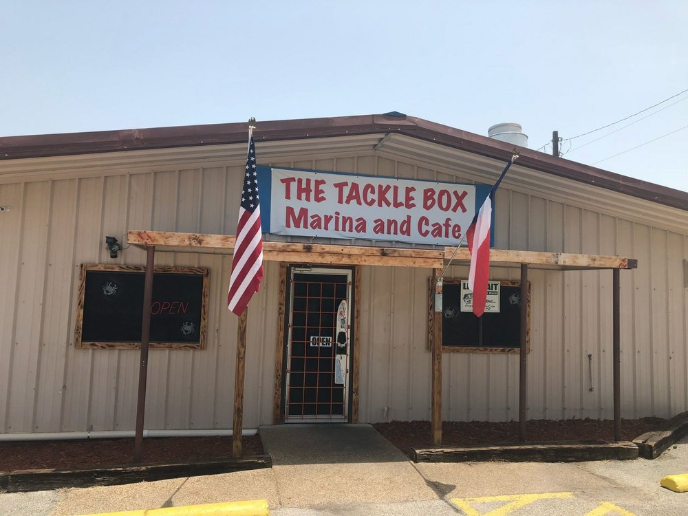 The Tackle Box: 1413 Blackhawk Cir, Granbury, TX