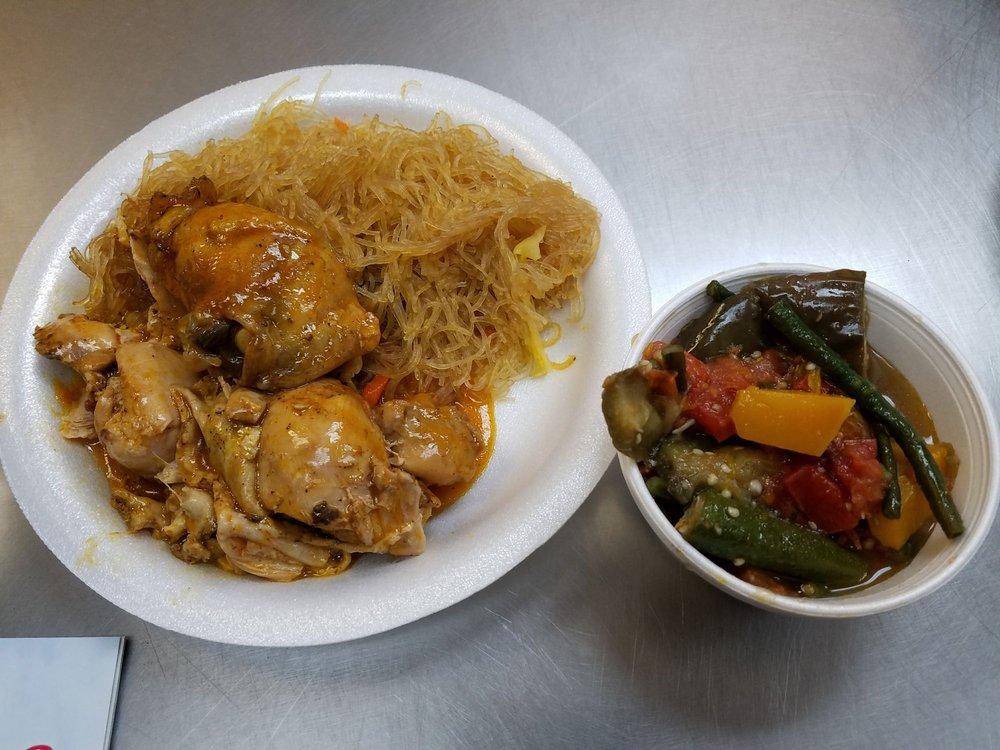 Chicken Adobo, Pancit, & Pinakbet on da side        - Yelp