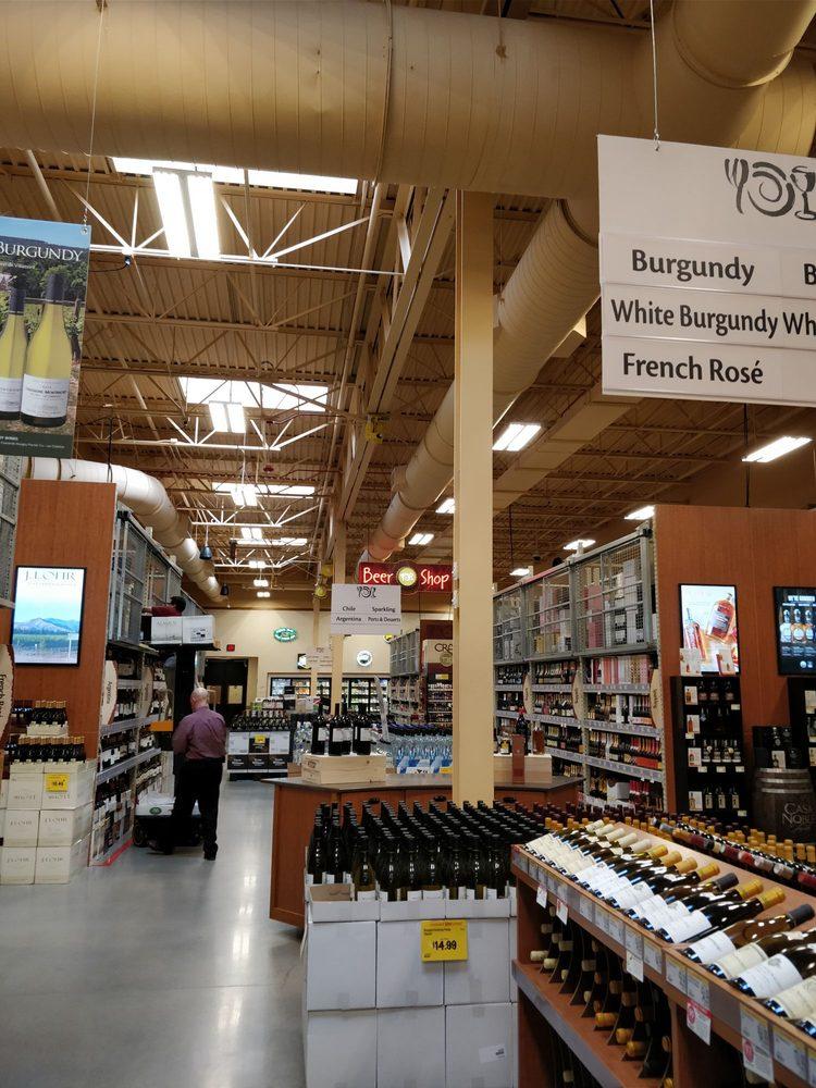 Montvale Wine, Liquor & Beer: 100 Farm View, Montvale, NJ