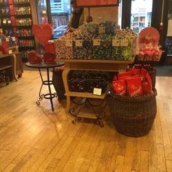 Photo Of Lindt Chocolate Shop U0026 Beverage Bar   Princeton, NJ, United States