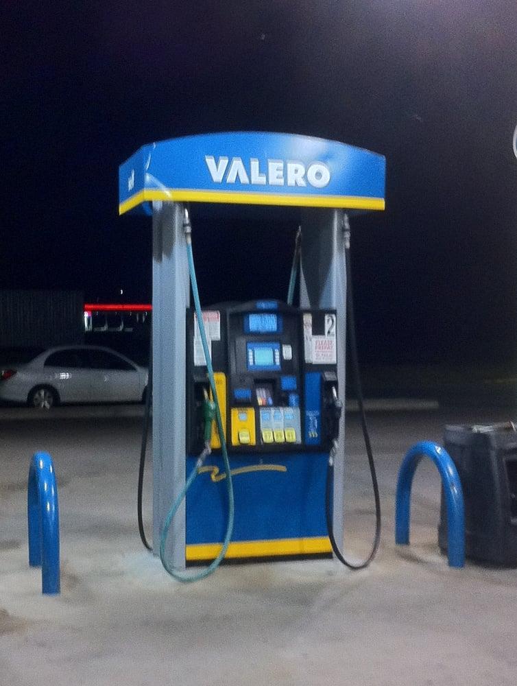 Gas Mart: 7740 US Hwy 277, Elgin, OK
