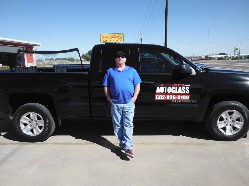 Robert's Autoglass: 820 Harness Trl, Granbury, TX