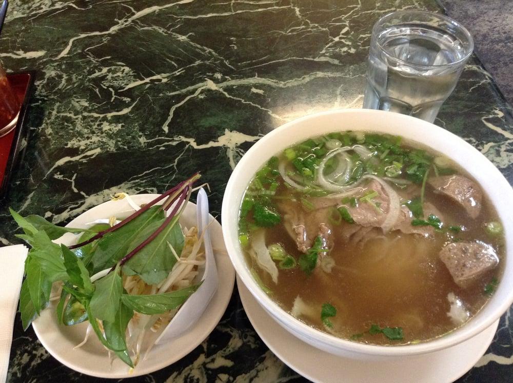 Big bowl of pho for yelp - Vietnamese cuisine pho ...