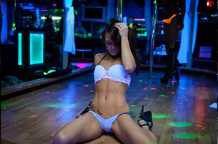Strippers in Las Vegas - YouTube