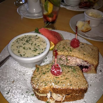 White House Cafe Yakima Hours