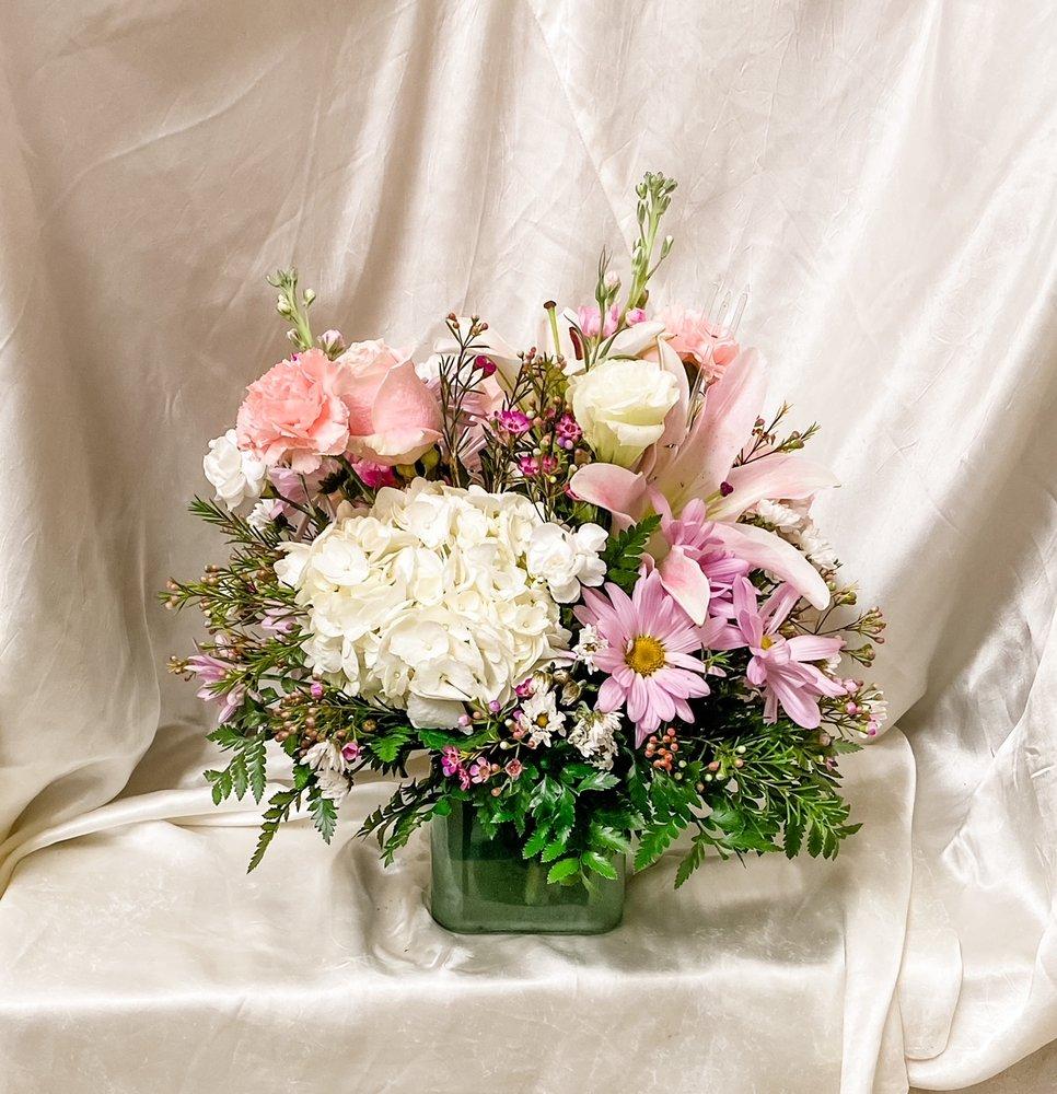 Taylor Flower Shop: 315 S Cedar St, Pecos, TX