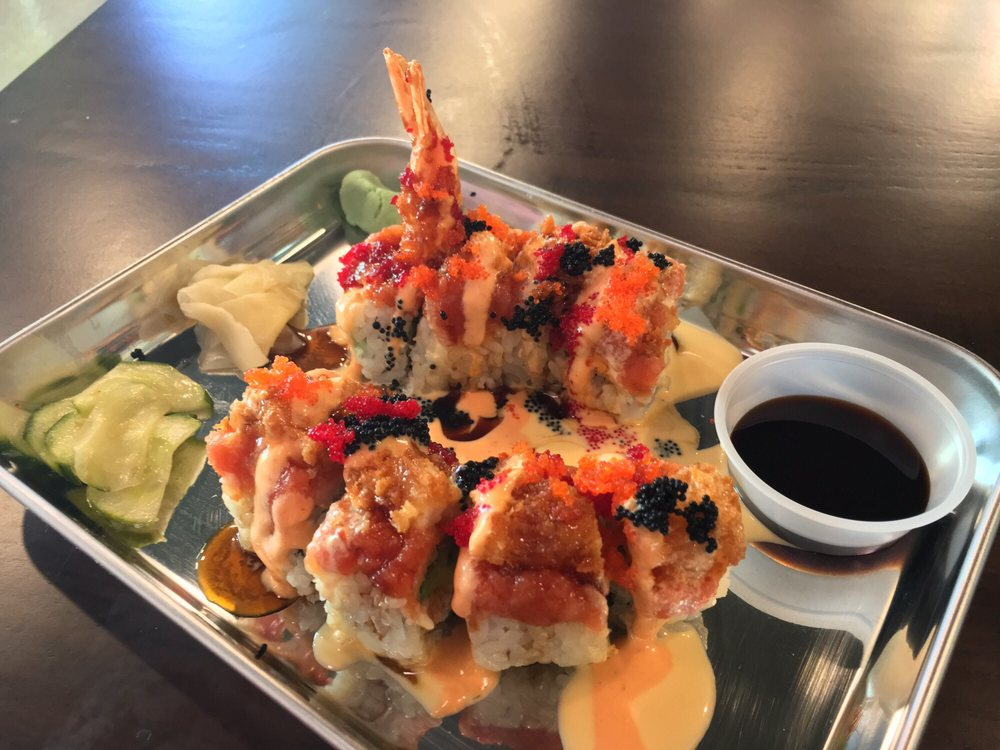 Sushi Freak: 2808 N Telshor Blvd, Las Cruces, NM
