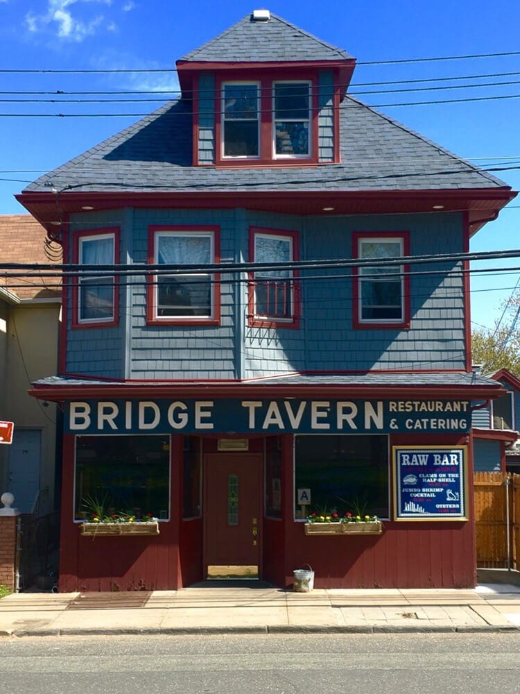 Laceys bridge tavern