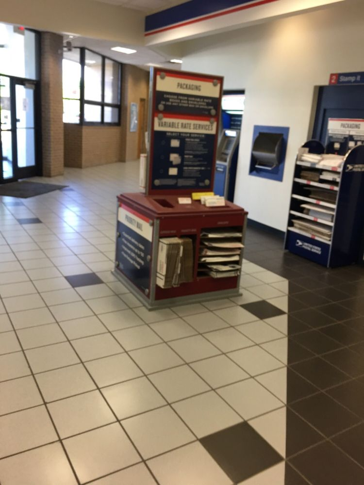United States Post Office: 1251 William D Tate Ave, Grapevine, TX