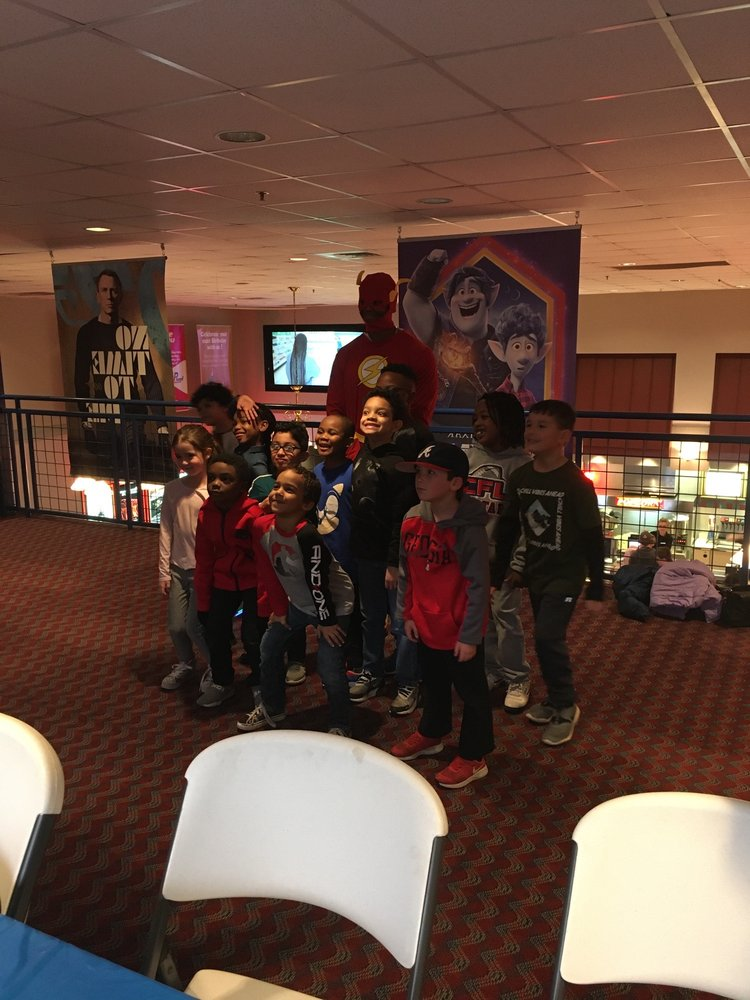 GTC Park 12 Cinemas: 2925 Frank Gordy Pkwy, Marietta, GA
