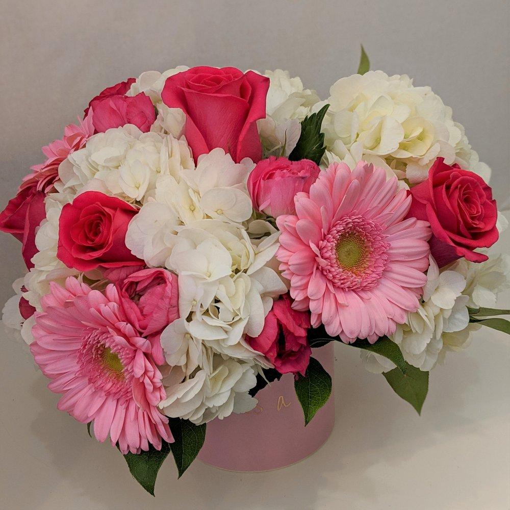 A Whole Bunch Flower Market: 326 Cambridge St, Burlington, MA
