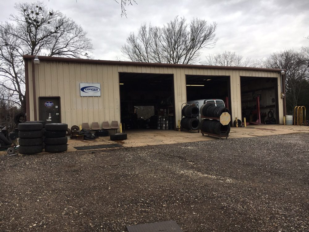 Economy Tire: 19458 State Hwy 274, Tolosa, TX
