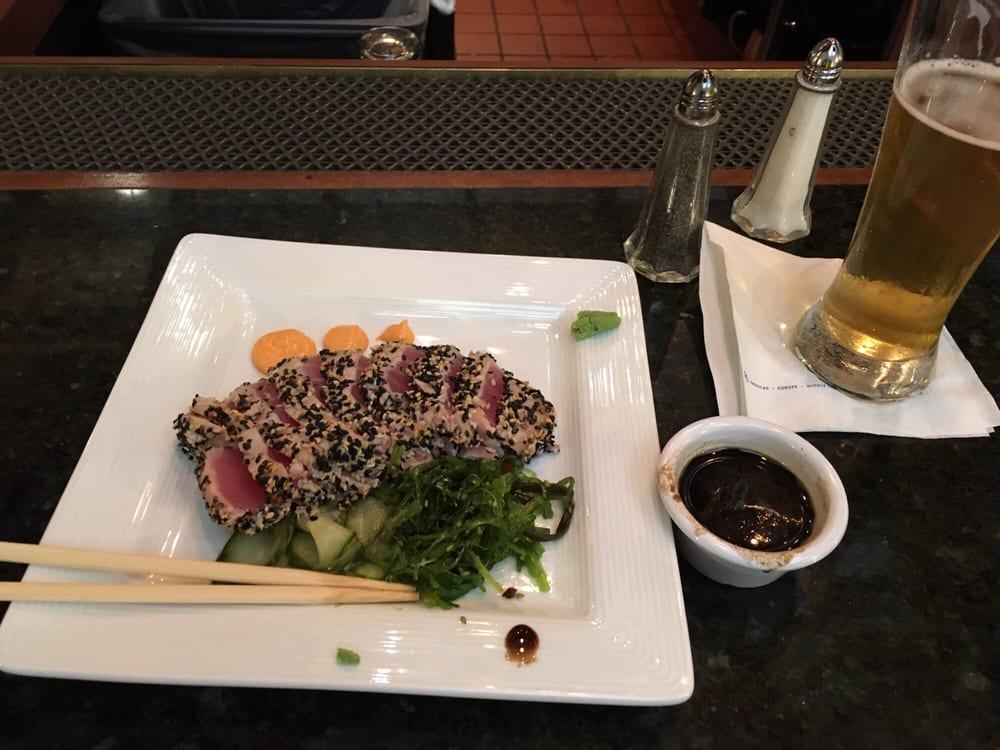 Great American Bar and Grill: 2300 Featherstone Rd, Auburn Hills, MI