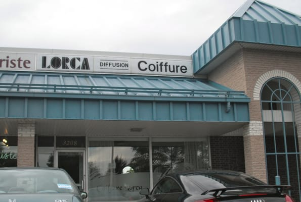Salon de Coiffure Lorca - Hair Salons - 3190 Boulevard ...