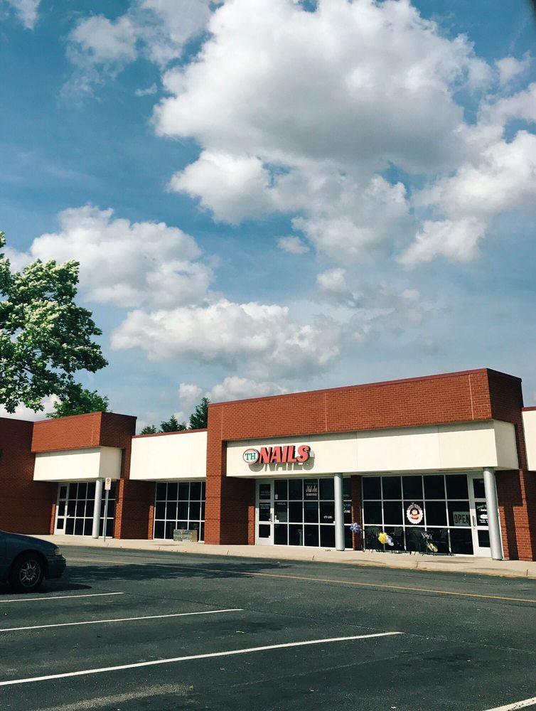 TH Nails & Day Spa USA: 805 N Battlefield Blvd, Chesapeake, VA
