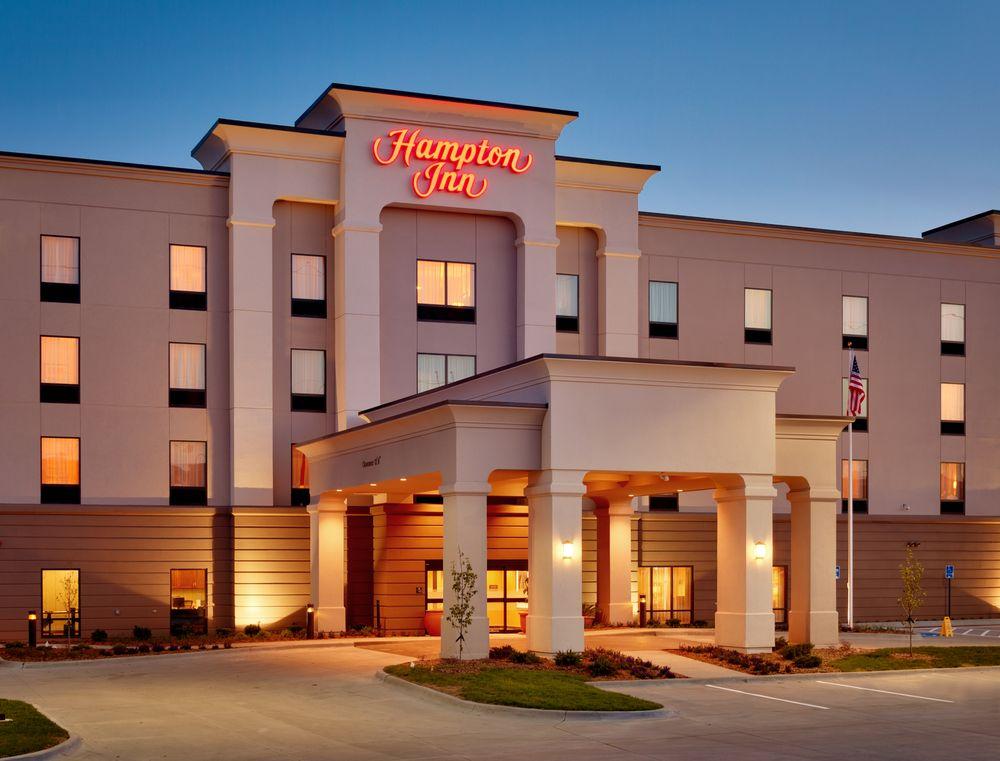 Hampton Inn Omaha/West Dodge Road