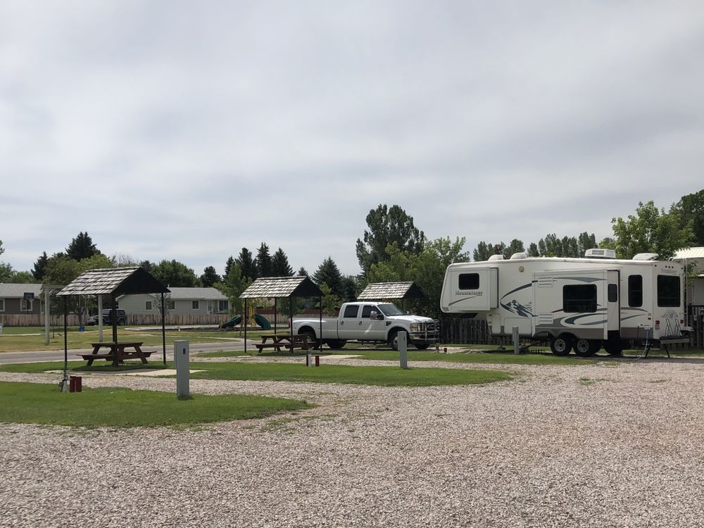 BJ's Campground: 902 S Maple St, Lusk, WY