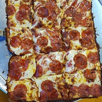 Motor City Pizza Boynton Beach Fl
