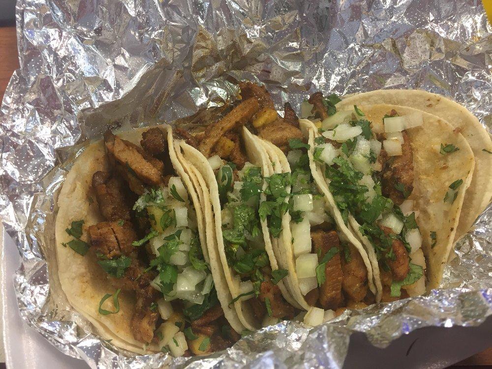 303 Food Mart: 3939 W Pioneer Pkwy, Arlington, TX