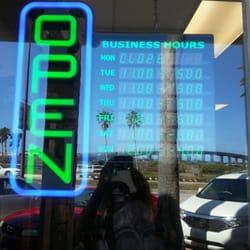 Photo Of Design U0026 Consign Furniture   Daytona Beach, FL, United States.  Hours