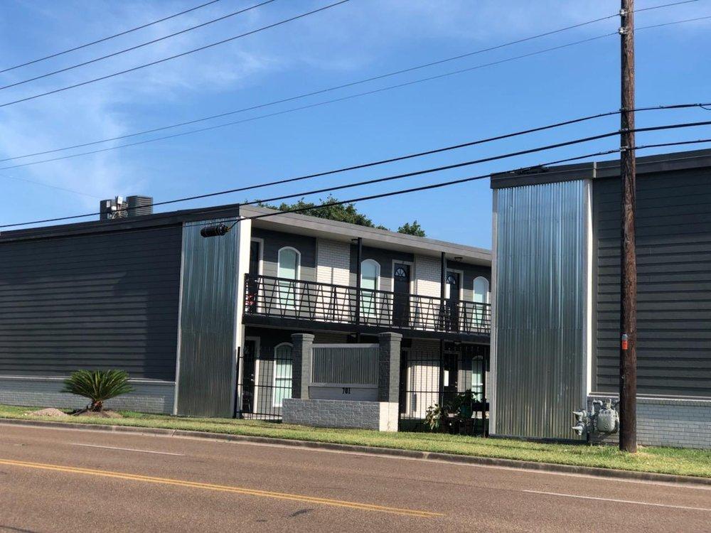 Victoria Place Apartments: 701 E Airline Rd, Victoria, TX
